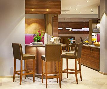 PROJEKT: Hotel Wellness - Innenarchitektur und Gesamtprojektleitung Beauty/Spa mit Lounge und Buffetbereich; Ausführung von Innenausbau und Schreinerarbeiten - Bilder anschauen
