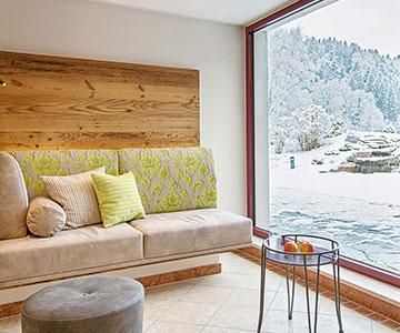 PROJEKT: Hotel Wellness - Innenarchitektur und Konzeption von Sitz- und Relaxzonen mit Buffetbereich; Ausführung von Innenausbau und Schreinerarbeiten
