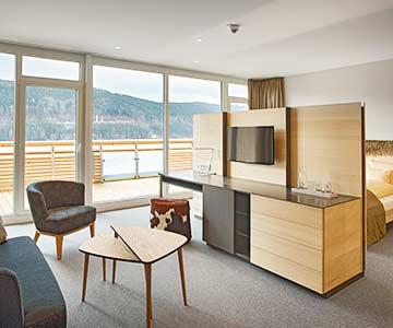PROJEKT: Hotel - Innenarchitektur/Konzeption Neubau Hotel-Appartements mit Bädern; Ausführung von Innenausbau, Schreinerarbeiten, Möbeln und Textilien - Bilder anschauen