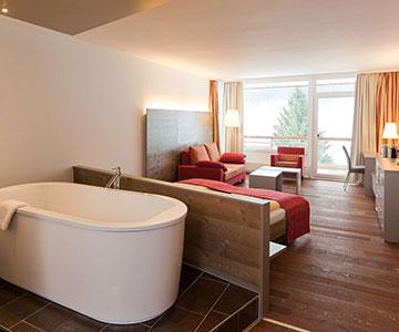 PROJEKT: Hotel - Innenarchitektur/Gesamtprojektleitung Sanierung und Neukonzeption Hotelzimmer; Innenausbau, Schreinerarbeiten, Einrichtung und Textilien - Bilder anschauen